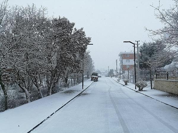 2021/01/canakkalede-kar-yagisi-basladi-404011d95a90-3.jpg