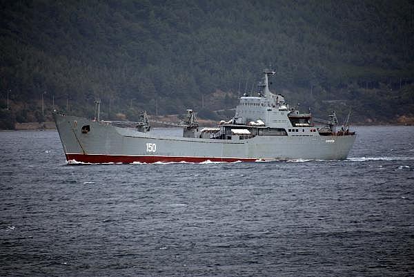 2021/01/rus-savas-gemisi-canakkale-bogazindan-gecti-b7acb564793e-4.jpg