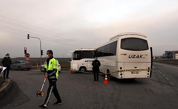 2021/01/tekirdagda-isci-servisi-midibusler-carpisti-19-yarali-c61187454593-4.jpg