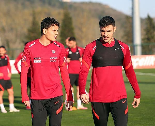2021/03/turkiye-a-milli-futbol-takimi-letonya-maci-hazirliklarina-basladi-8baf7cdb3d93-3.jpg