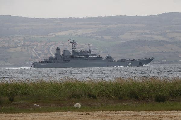 2021/04/canakkale-bogazindan-2-gunde-4-rus-savas-gemisi-gecti-3ccadda2d7e9-5.jpg