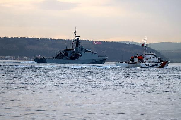 2021/05/canakkale-bogazindan-pes-pese-gecen-rus-ve-ingiliz-savas-gemileri-karadenize-dogru-yol-aldi-c0c620e8d8df-8.jpg