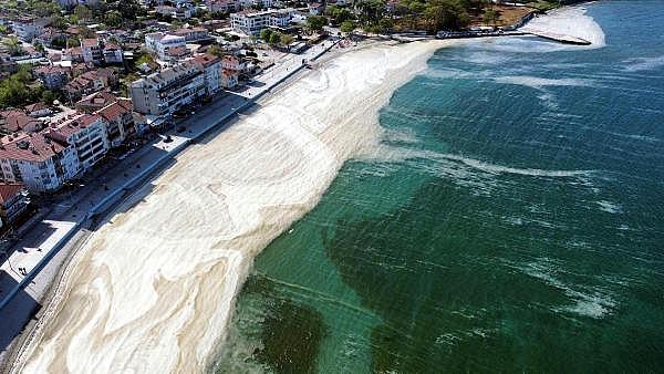 2021/06/marmara-denizinde-yuzmek-cilt-hastaliklarina-neden-olur-bbfab3ccf528-4.jpg