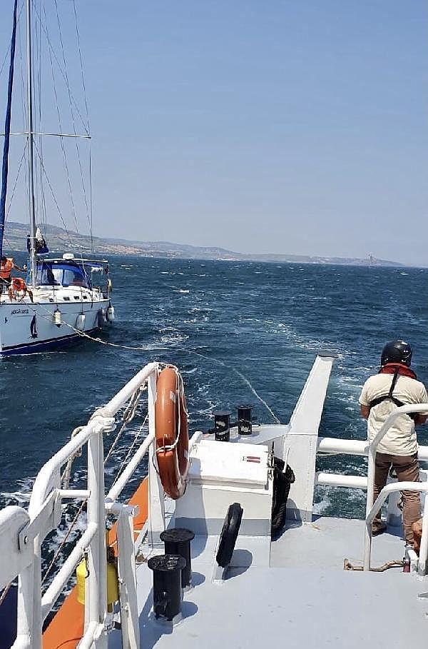 2021/07/canakkale-bogazinda-suruklenen-yelkenli-tekne-kurtarildi-c1d15af38cd7-1.jpg