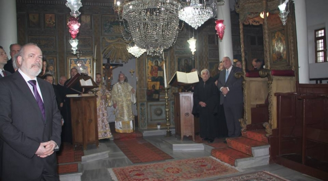 Gökçeada Metropoliti Kirilios için isim ayini düzenlendi
