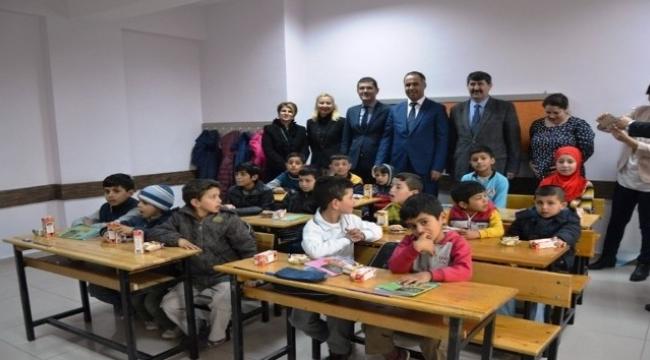 Biga'da Suriyeli çocuklar için sınıf açıld