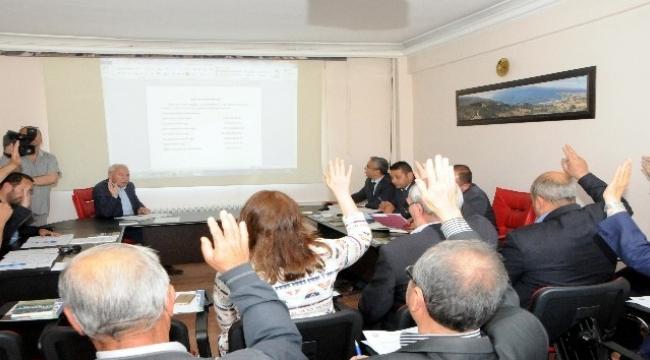 Meclis toplantısında Turan'a teşekkür