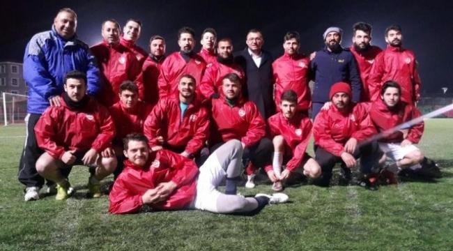Başkan Yavaş'tan Umurbeyspor'a tam destek