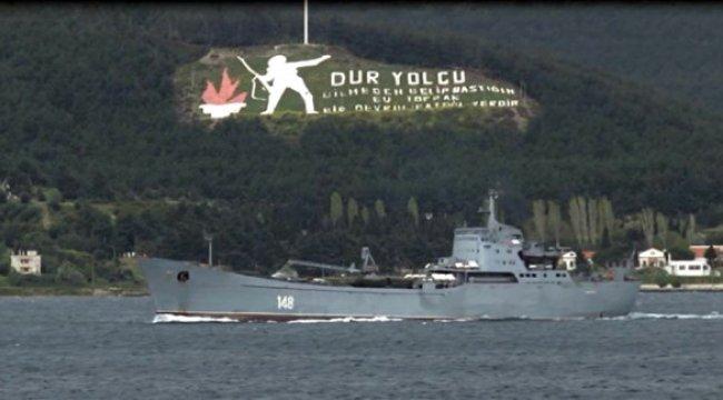 Askeri Araç Yüklü Rus Savaş Gemisi Çanakkale Boğazı'ndan Geçti