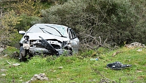 Çanakkale'de feci kaza: 1 ölü, 2 yaralı