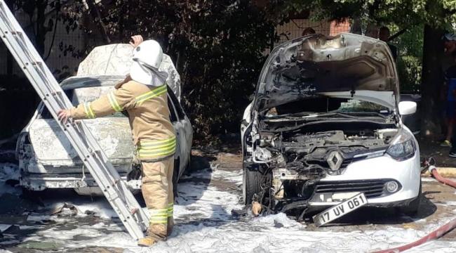 Çanakkale'de araç yangını