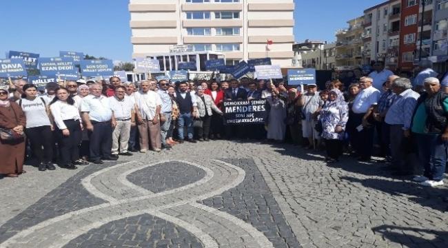 Çanakkale'de AK Parti, Menderes'i andı