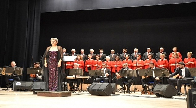 Biga'da solistler geçidi