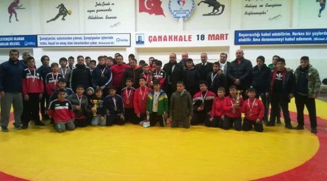 Yenice Milli Eğitim Müdürü Baykal'dan Güreşçilere Teşekkür