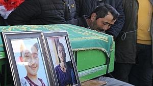 Derede kaybolan araçta hayatını kaybeden 2 gence son görev