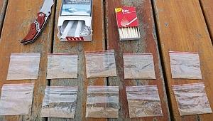 Çanakkale'de bir araçta eroin ele geçirildi.