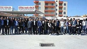 Yüksel'den Üniversite Öğrencilerine Gezi