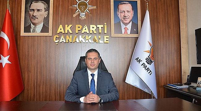AK Parti Çanakkale İl Başkanı Av. Gültekin Yıldız 1 Mayıs Emek ve Dayanışma Günü'nü kutladı