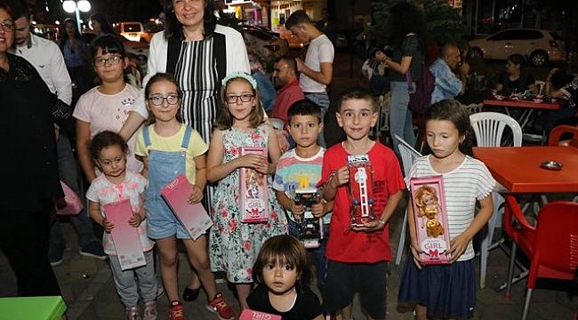 AK Parti Çanakkale Milletvekili Jülide İskenderoğlu'dan 23 Nisan Mesajı
