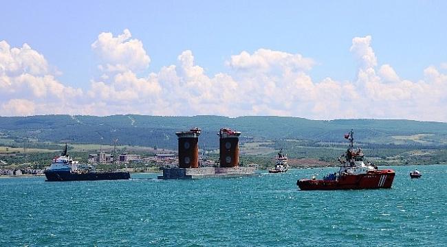 1915 Çanakkale Köprüsü'nün Asya yakasınındaki kule kesonunun denize batırılması başladı