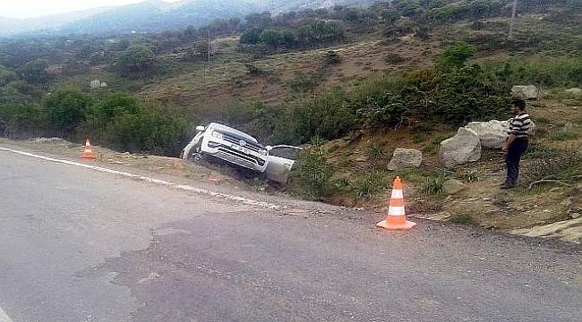 Araç şarampole yuvarlandı: 1 ölü