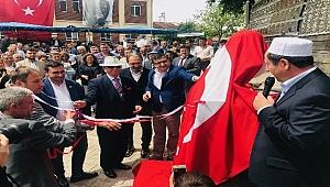 Başkan Öz Atatürk büstünün açılışını yaptı