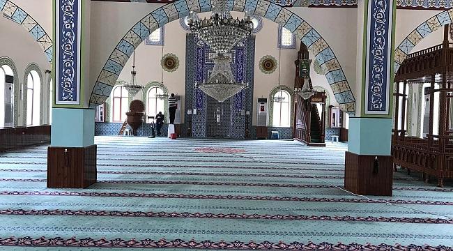 Camilerde Ramazan Temizliği Gerçekleştirildi