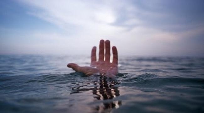 Çanakkale'de denize giren 4 liseliden 2'si boğularak hayatlarını kaybetti.