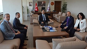 AK Parti'den Rektör Prof. Dr. Sedat Murat'a ziyaret