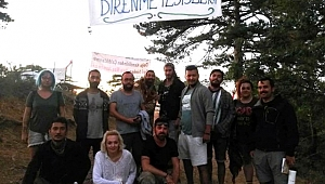 Provokatörlerden rahatsız olan eylemciler çadır alanı terk ediyor