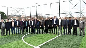 AK Partili il geneller Ezine ilçesinde bir araya geldiler.