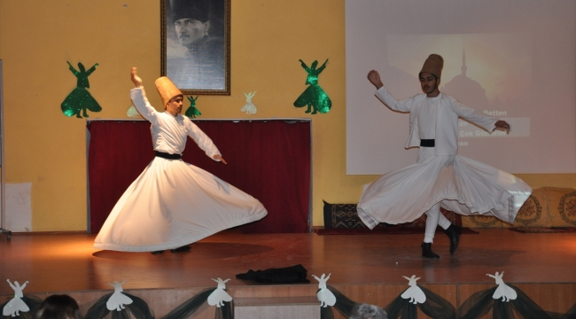 Ezine'de Mevlana'yı anma günü etkinliği