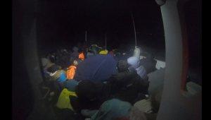Çanakkale'de 70 düzensiz göçmen yakalandı