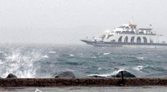 Bozcaada feribot seferleri fırtına nedeniyle iptal edildi