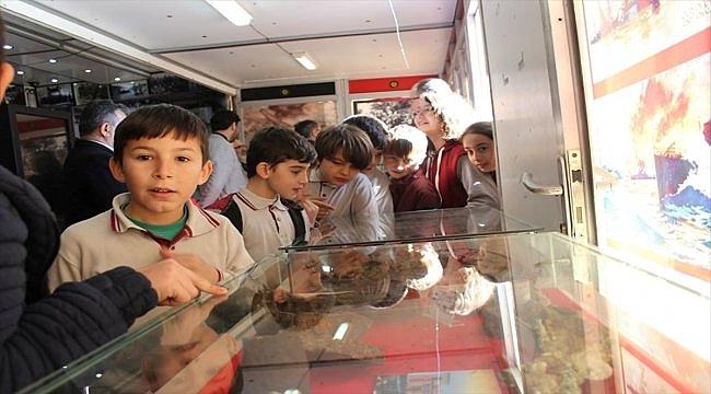 """""""Çanakkale 1915 Müzesi Gezici Tırı"""" Osmaneli'de"""