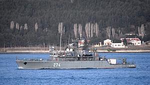 Romanya ve Almanya askeri gemileri Çanakkale Boğazı'ndan geçti