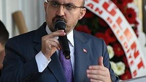 Ülgür Gökhan Adeta Esed'in Belediye Başkanı Gibi Konuşuyor