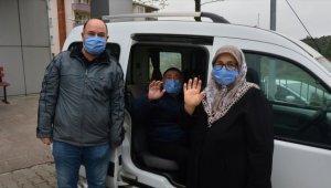 Çanakkale'de koronavirüsü yenen aynı aileden 3 kuşak hasta taburcu edildi