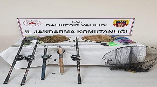 Sındırgı'da kaçak avcılara para cezası kesildi