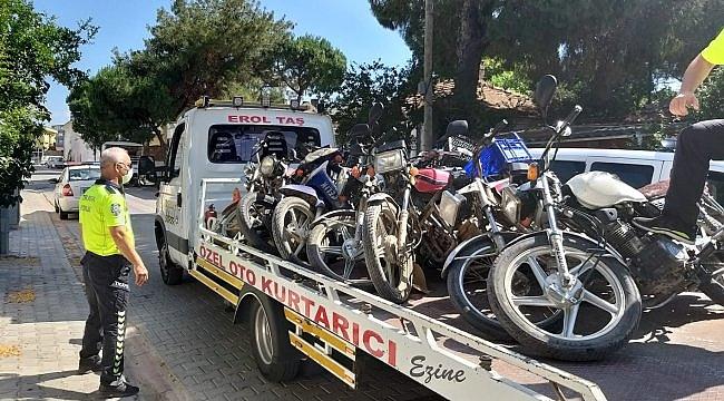 Ezine'de 23 motosiklet trafikten menedildi