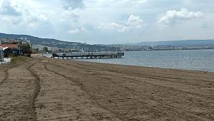 Plajlar Temizleniyor