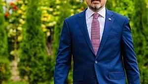 """""""Tarihin Aziz Hatıralarına Ev Sahipliği Yapan Çanakkale'mize Hizmet Etmek Ayrı Bir Gurur"""""""