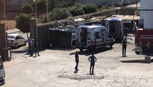 Balıkesir'de arıtma havuzuna düşen 2 işçiden biri öldü