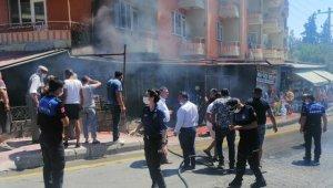 Ayvacık'ta iş yeri deposunda yangın