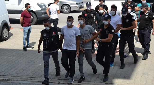 Çanakkale'de 25 kilogram kokainin ele geçirilmesiyle ilgili 7 şüpheli tutuklandı