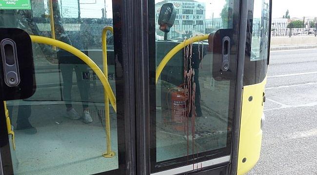 Belediye otobüsünde maske takma tartışmasında bir kişi yaralandı