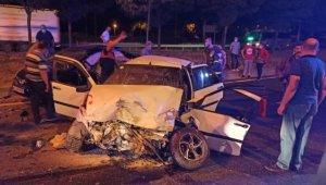 Bilecik'te iki otomobil çarpıştı: 1 ölü, 3 yaralı