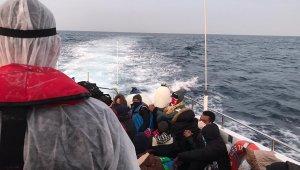 Çanakkale'de Türk kara sularına itilen 34 yabancı uyruklu kurtarıldı