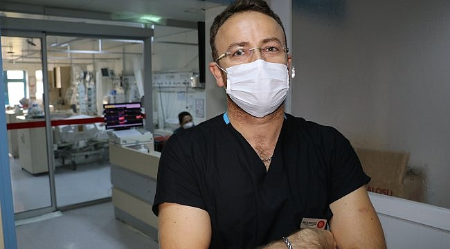 """DOKTORLAR KOVİD-19'LA SAVAŞI ANLATIYOR - """"Kaybettiğimiz hastanın serviste yatan ailesine haber vermek çok zordu"""""""