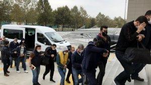 FETÖ'nün ceza infaz kurumlarındaki yapılanmasına yönelik operasyonda yakalanan 23 zanlı adliyede